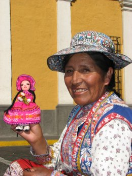 Arequipa_Lady_and_doll.jpg