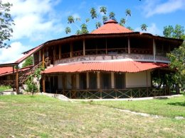 Parakaupa_Lodge.jpg