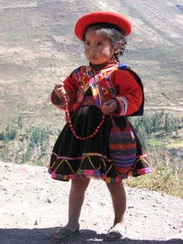 Sacred_Valley_little_girl.jpg