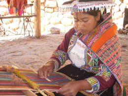 Sacred_Valley_weaving.jpg