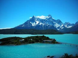 Torres_del_Paine_Mountain__Lake.jpg